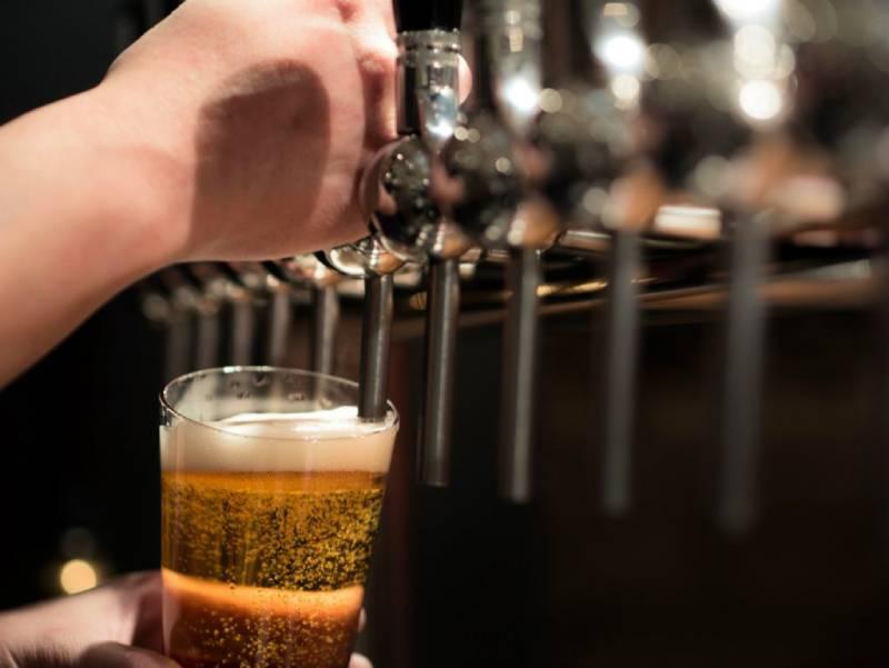 Bia không cồn, cứu cánh cho đàn ông muốn uống bia mà lại sợ say