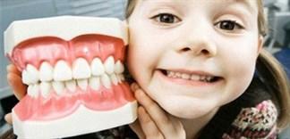Có nên tẩy trắng răng tại nhà cho bé?