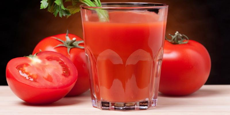 Nước ép cà chua và sữa tươi