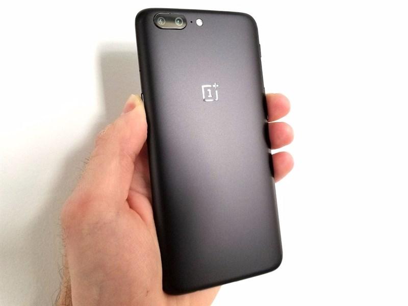 Giá OnePlus 5