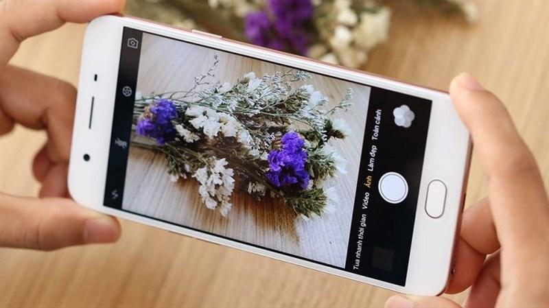 Chuyên gia selfie OPPO F1s 2017 RAM 4GB, ROM 64GB tiếp tục giảm giá