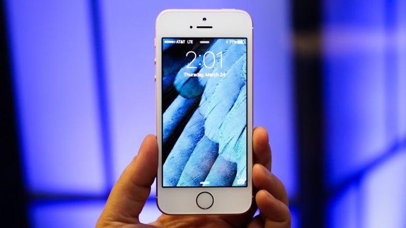 Sắp có tin buồn cho những ai muốn sở hữu một chiếc iPhone màn hình nhỏ - ảnh 1