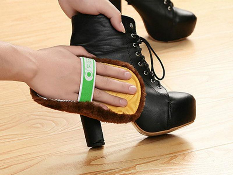 Mẹo làm sạch giày cao gót cực hay dành cho chị em