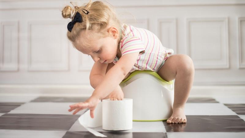 Tạo môi trường đi vệ sinh cho bé