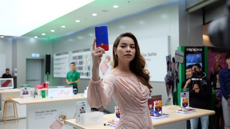 OPPO khai trương Brand Shop tại TP.HCM