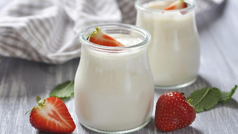 Nên chọn mua sữa chua lên men tự nhiên