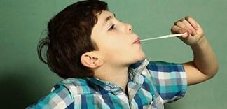 Nuốt kẹo cao su có nguy hiểm không?