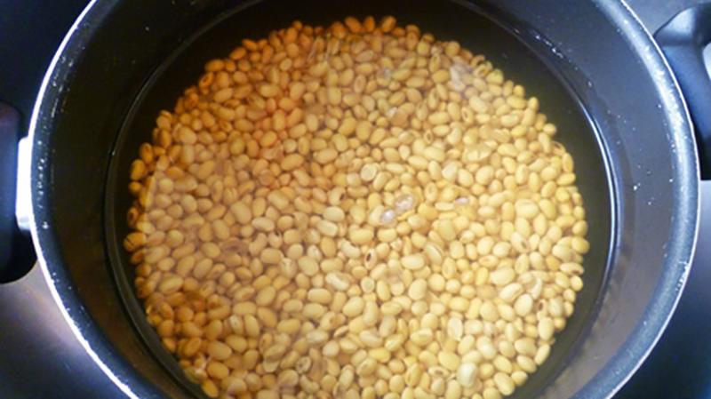 Cách làm sữa đậu nành thơm ngon béo ngậy