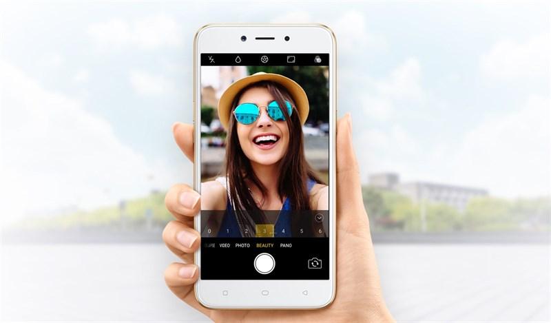 OPPO A71 selfie