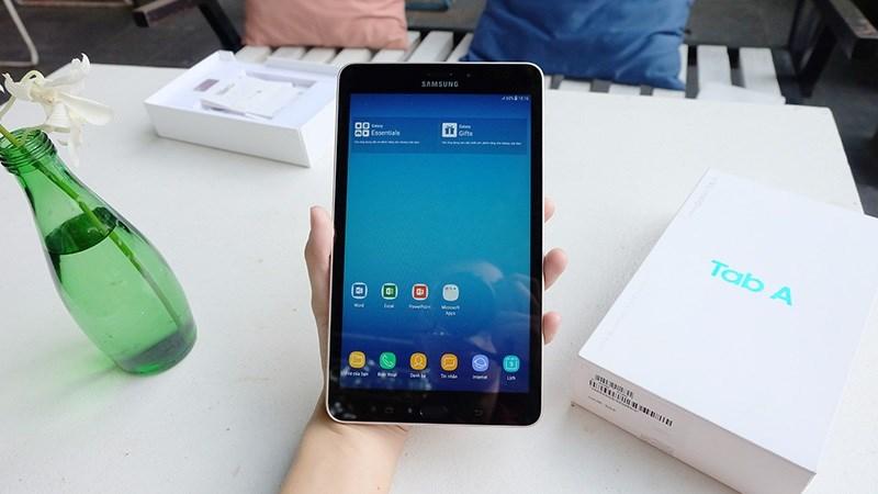 Tablet Samsung dùng chip Qualcomm, Android 7, 4G lên kệ TGDĐ