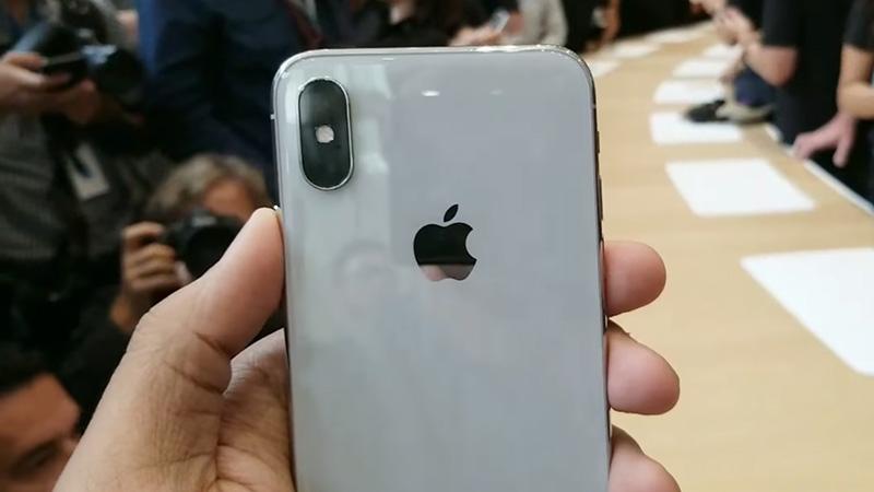 Cụm camera sau điện thoại iPhone X