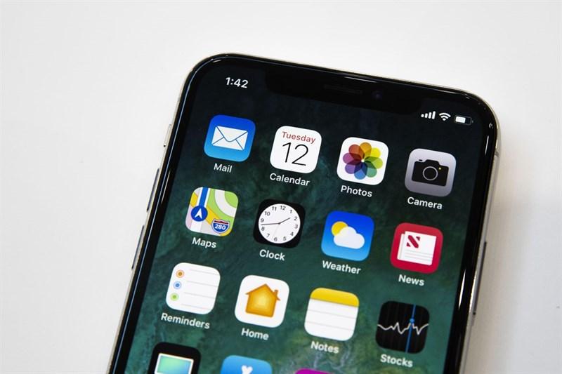 So sánh iPhone X với iPhone 8, 8 Plus