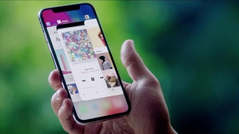 iPhone X ra mắt cho thấy BlackBerry 10 đã đi trước thời đại - ảnh 1
