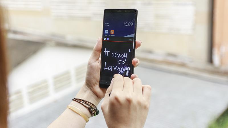 Tính năng hữu ích trên S-pen của Galaxy Note 8