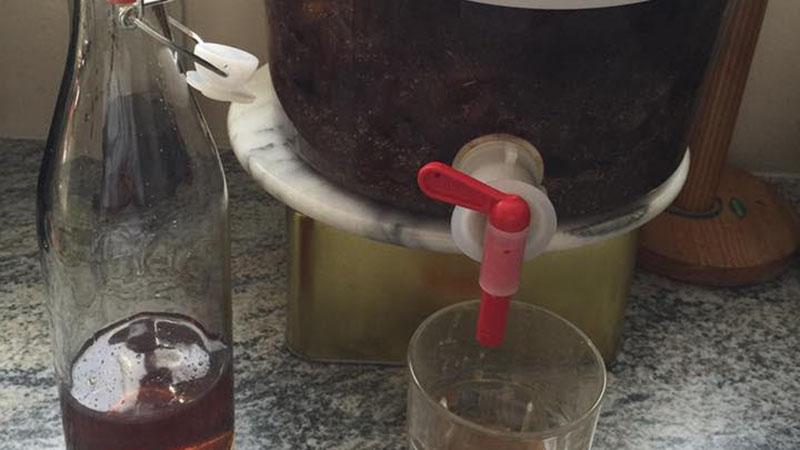 Cách làm nước mắm tại nhà không lo hóa chất