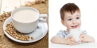 Không nên cho bé dùng những thứ này... khi uống sữa đậu nành
