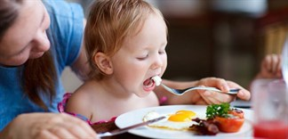 Trẻ ăn bao nhiêu trứng một ngày là đủ?