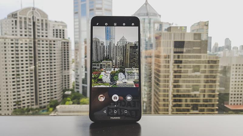 Trải nghiệm điện thoại Huawei Nova 2i