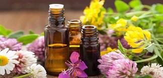 5 loại tinh dầu thiên nhiên làm mờ vết rạn da