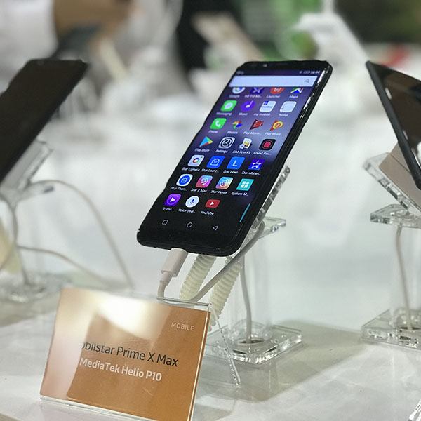 Smartphone Việt xuất ngoại: Câu chuyện không còn hoang đường - ảnh 2