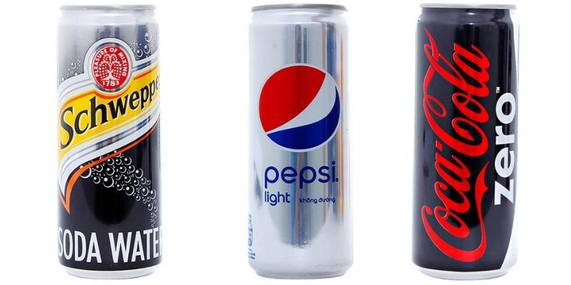 Nước ngọt không đường thường chứa chất tạo ngọt như aspartame hoặc saccharin