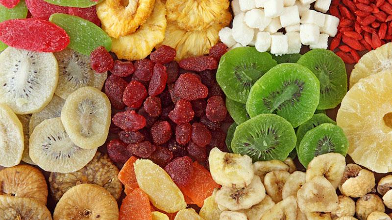 Cho trẻ ăn trái cây sấy có tốt không?