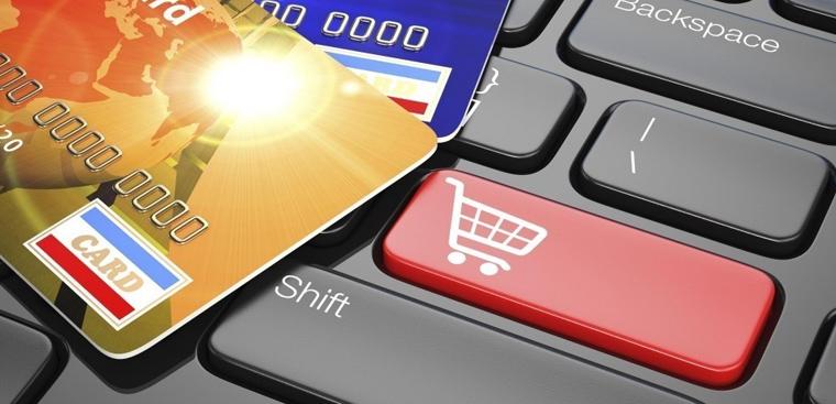 8 ngân hàng hỗ trợ thanh toán trả góp qua thẻ tín dụng