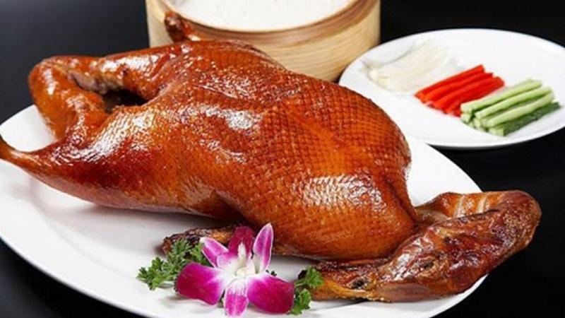 Thịt gà hay thịt vịt tốt hơn?