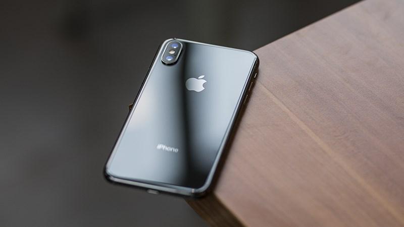Trên tay iPhone X màu đen