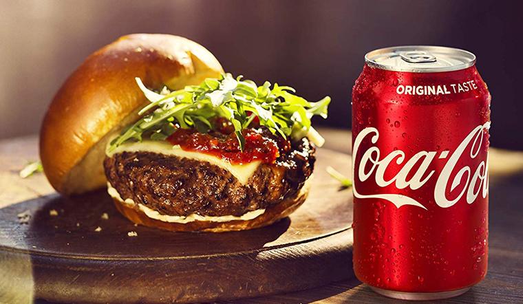 Mỗi ngày uống 1 lon Coca Cola có sao không? Nên uống bao nhiêu là tốt