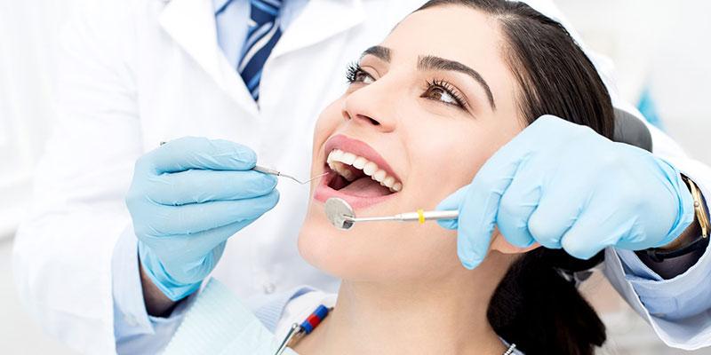 Thường xuyên khám răng định kỳ