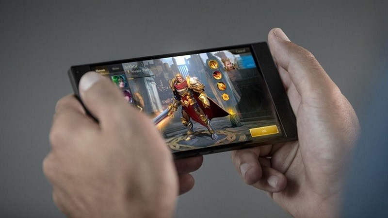 Razer Phone đã cháy hàng tại Microsoft Store, sắp sửa có mặt tại châu Á