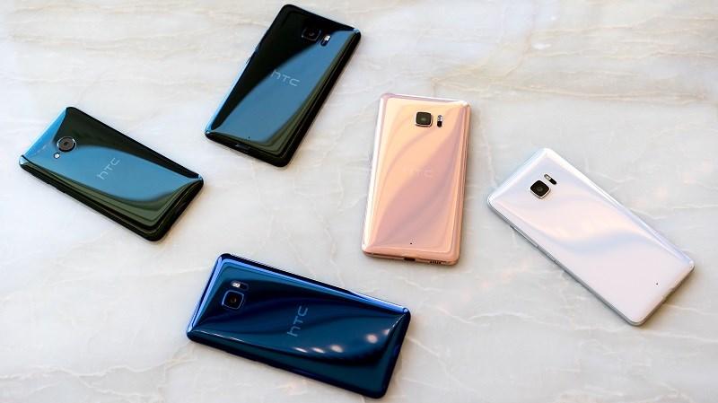 Loạt smartphone HTC giảm giá 11/2017