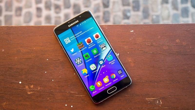 Galaxy A5 (2016) là smartphone Samsung đầu tiên nhận bản vá bảo mật tháng 12