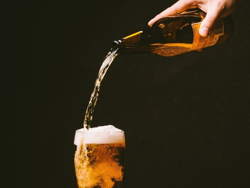 su khac nhau giua bia chai bia lon bia tuoi va bia hoi bia set 201908290830079743