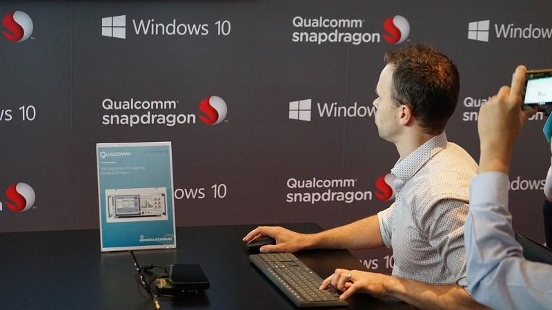 Laptop Windows 10 dùng chip Snapdragon 835 thiếu nhiều tính năng