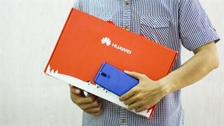 Đặt mua Nova 2i màn hình tràn cạnh, nhận bộ quà thiết thực từ Huawei