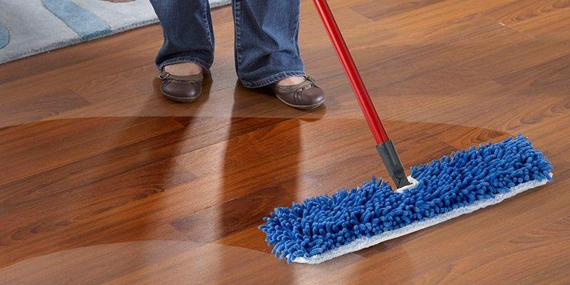 Nước lau sàn có khả năng làm sạch hiệu quả đa số các loại sàn nhà.