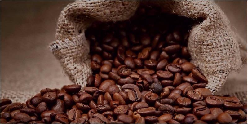 Cà phê ngon là cà phê được pha từ bột cà phê rang xay nguyên chất.