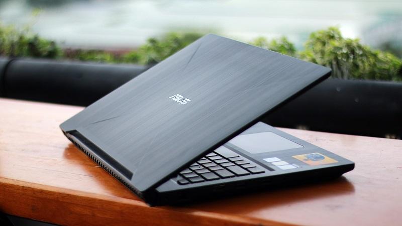 "Asus FX503VM i5 7300H / 8GB / 128GB + 1TB / GTX 1060 6GB / 15.6"" FHD"