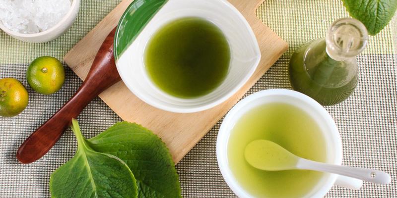 Pha với nước nóng, dùng 2 - 3 ly nhỏ mỗi ngày. Nên dùng sau bữa sáng và trước khi đi ngủ sẽ giúp giảm cơn ho đờm, ho nhiệt.