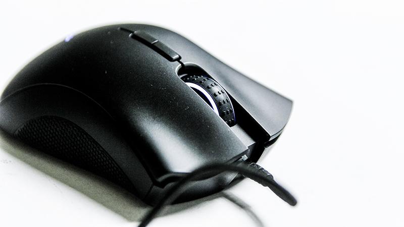 Đánh giá combo Razer DeathAdder Elite và BlackWidow Chroma