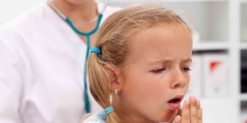 Những biểu hiện của trẻ bị viêm phổi