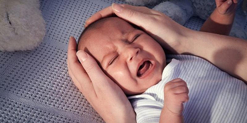 Các dấu hiệu nhận biết trẻ sơ sinh bị thiếu Canxi-1