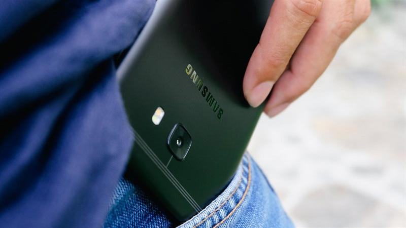 HOT SALE cuối tuần: Galaxy C9 Pro giảm sốc 1 triệu tại TGDĐ!