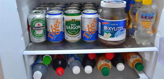 Nguy hiểm cháy nổ khi cho nước ngọt có gas vào ngăn đá tủ lạnh