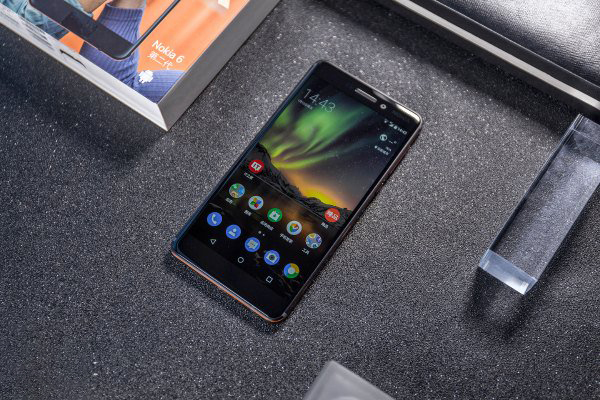 Hình ảnh trên tay Nokia 6 (2018) mới nhất: Cứng cáp và sang trọng - ảnh 3