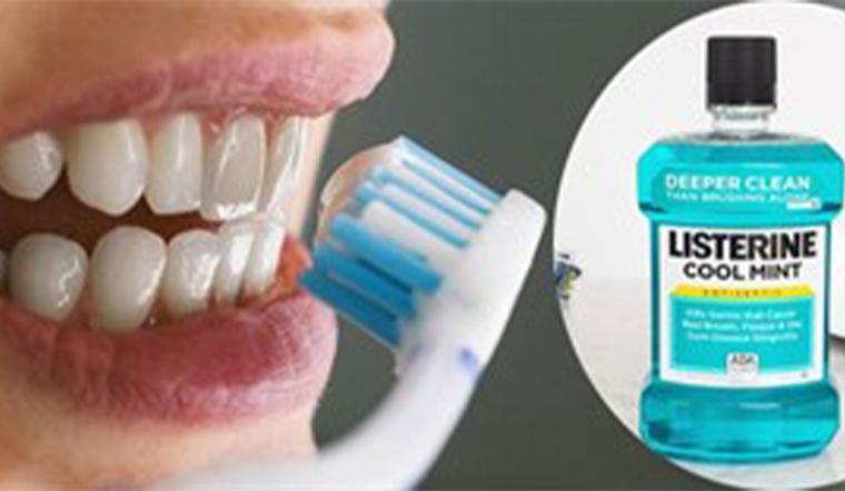 Dùng nước súc miệng thay đánh răng, nên hay không?