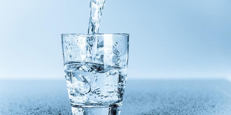 Uống nước chanh giải rượu có hiệu quả? Cách hết say bia nhanh