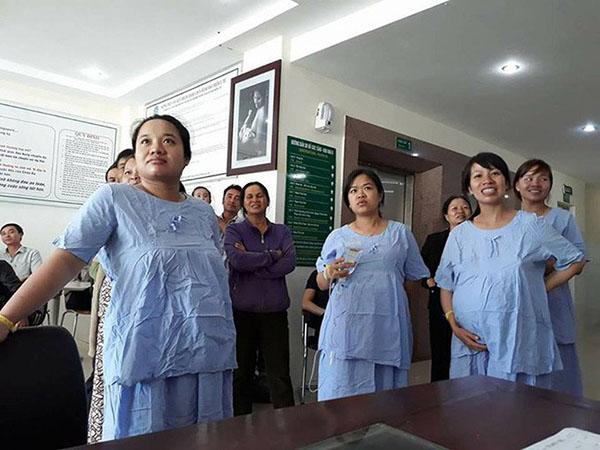 Bà bầu xem U23 Việt Nam